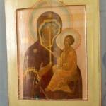 Икона «Богоматерь Тихвинская» Россия, вторая половина ХVIII века, Медный сплав, голубая эмаль, литье, эмолирование МГОМЗ